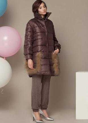 Весеннее теплое пальто – пуховик оверсайз бренда  anna yakovenko с меховыми карманами