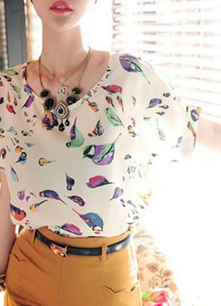 Лёгкая кофточка, блуза, футболка с птичками