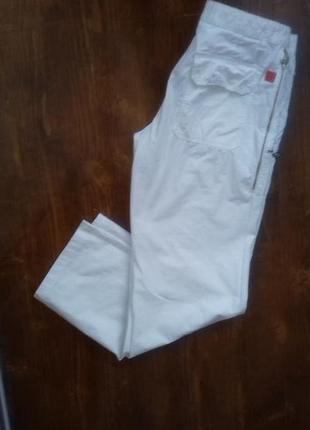 Hugo boss 48 р белые легкие летние мужские брюки