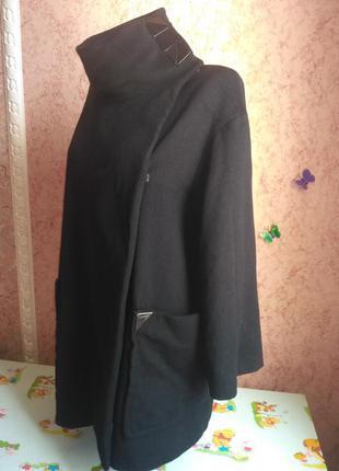 Стильное демисезонное пальто чёрное 100% кашемир