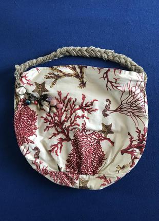 Тканевая летняя/пляжная сумка с морским принтом.