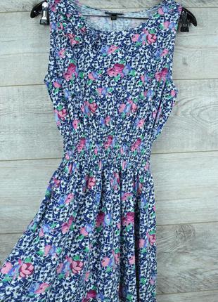 Красивое летнее платье с цветочным принтом от topshop