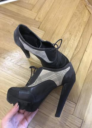 Крутые ботильены натуральная кожа кожаные ботинки туфли