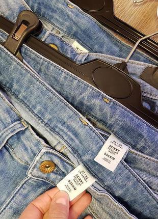 Светлоголубые джинсы h&m,голубые плотные джинсы с средней посадкой4 фото