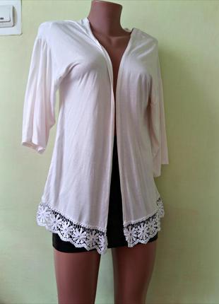 Кардиган-накидка белого цвета с кружевной отделкой new look