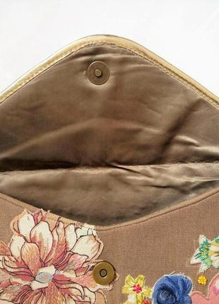 Клатч от accessorize с вышивкой3