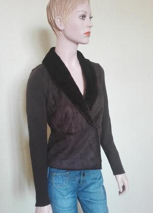 Меховая куртка с вязаными рукавами