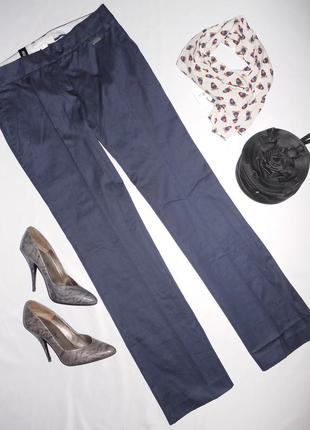 Mango темно синие натуральные брюки . фасон классический . с карманами .