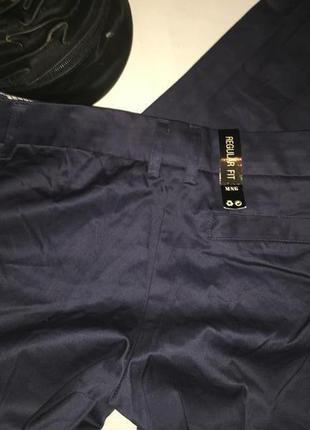 Mango темно синие натуральные брюки . фасон классический . с карманами .3 фото