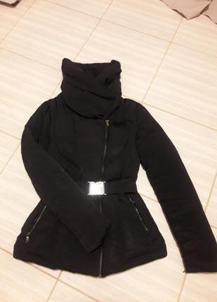 Черная куртка пуховик (натуральный пух)