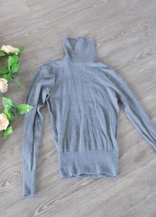 Красивый свитер водолазка с горлом