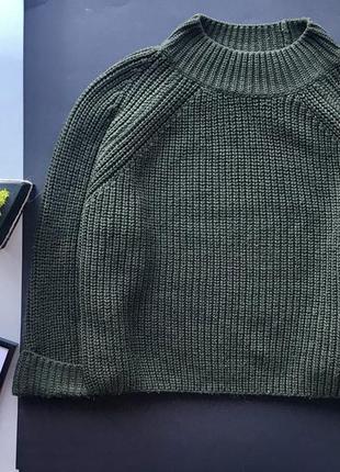 Зелёный свободный свитер хаки милиционер под горло  topshop