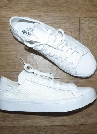 Оригинальные женские кроссовки adidas courtvantage 40 размер