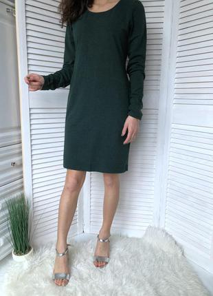 Базовое платье с плотного трикотажа