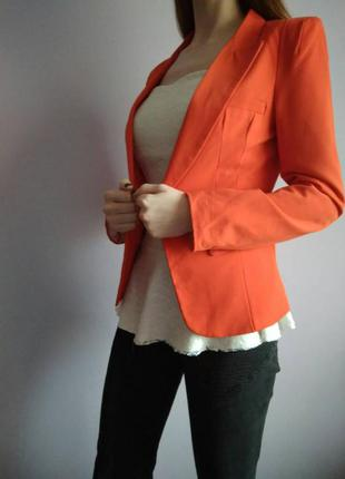 Жіночий піджак1 фото