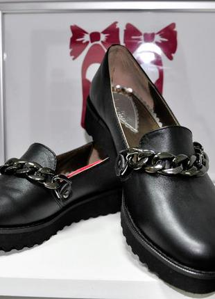 Туфли кожаные la rose. стильные. супер качество. размеры: 36, 37, 38, 39