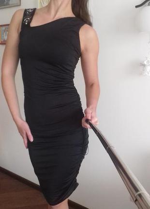 Акция!!! 1+1=3 облегающее платье
