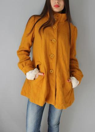 Горчичное яркое пальто вискоза и шерсть