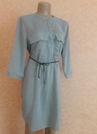 Актуальное платье рубашка в мелкую полоску