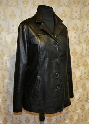 Кожаная куртка. натуральная кожа.