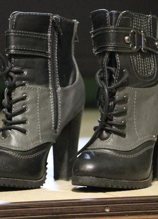 Сапожки короткие,туфли на высоком каблуке,сапоги весенние