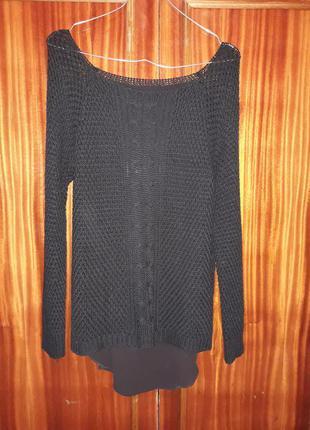 Чёрный свитер!