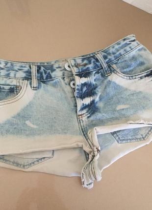 Короткие джинсовые шорты варёнки river island, 36р.