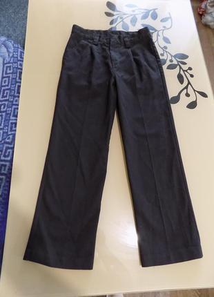Брюки плотные с карманами с утяжкой черные next на рост 140-146 см
