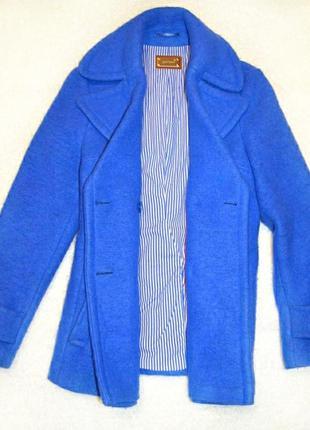 Красивое яркое пальто marks& spencer