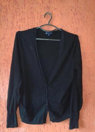 Базовая черная кофта с вырезом l