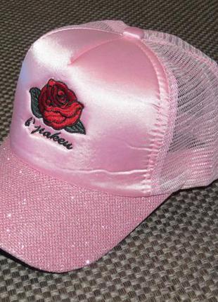 Стильная кепка для девочек