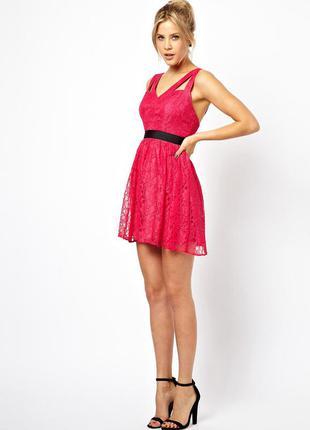 Короткое приталенное платье из кружева asos