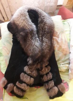 Супер модная меховая жилетка