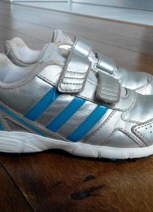 Кроссовки adidas р. 27, 17 см.1