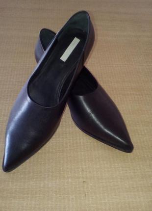 Туфли с острым носком кожа черные h&m