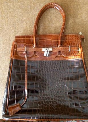 Итальянская кожанная сумка под крокодила genuine leaver vera pelle