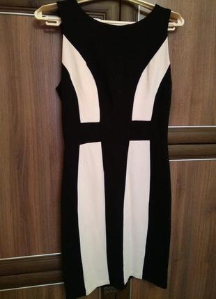 Платье очень яркое м