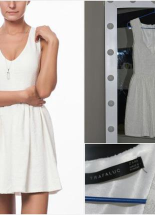 Белоснежное платье с набивным рисунком zara
