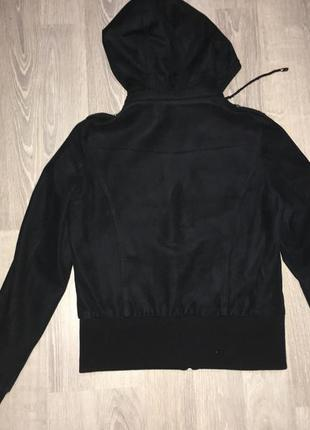 Велюровая курточка