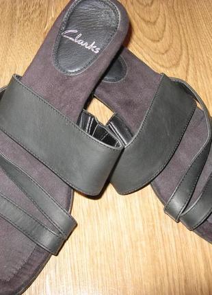 Кожаные босоножки  clarks стелька 24, 5 см