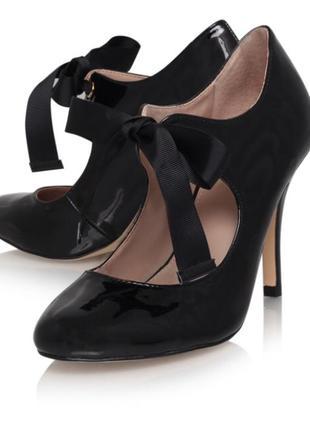 Лакові туфлі carvela kurt geiger