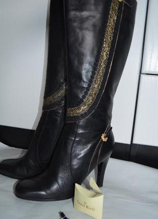 Сапоги кожанные демисезонные laura berti , весна, 38 размер, каблук