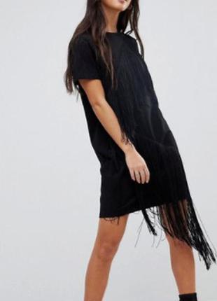 Платье-футболка мини с бахромой asos