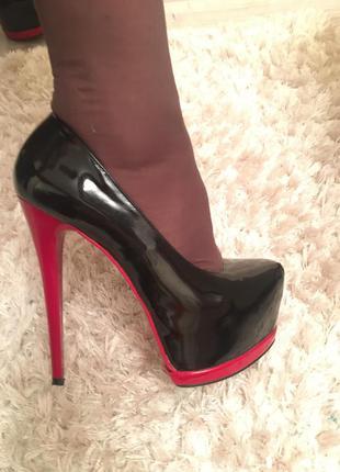 Стильні туфельки stellamarko