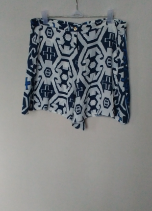 Торг! юбка - шорты с узором