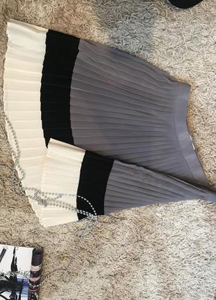 Модная плиссированная юбка!