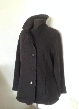 Базовый черный пиджак, пальто, жакет. шерсть 100%. размер 48-50.