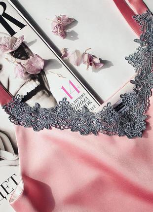 Базовый шелковый атласный топ майка бельевой стиль розовый с французским кружевом