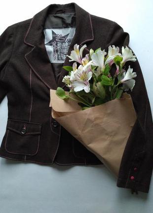 Пиджак коричневый размер s sela