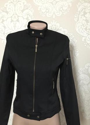 Короткая куртка- блейзер, весенняя куртка